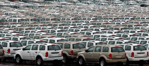 542701 - Geheime Friedhöfe: Warum verstecken Hersteller tausende Neuwagen in der Pampa?