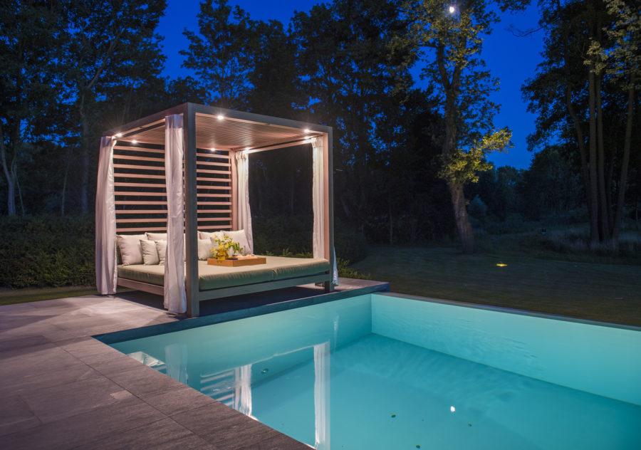 equinox wohnzimmer unter freiem himmel presseteam austria. Black Bedroom Furniture Sets. Home Design Ideas