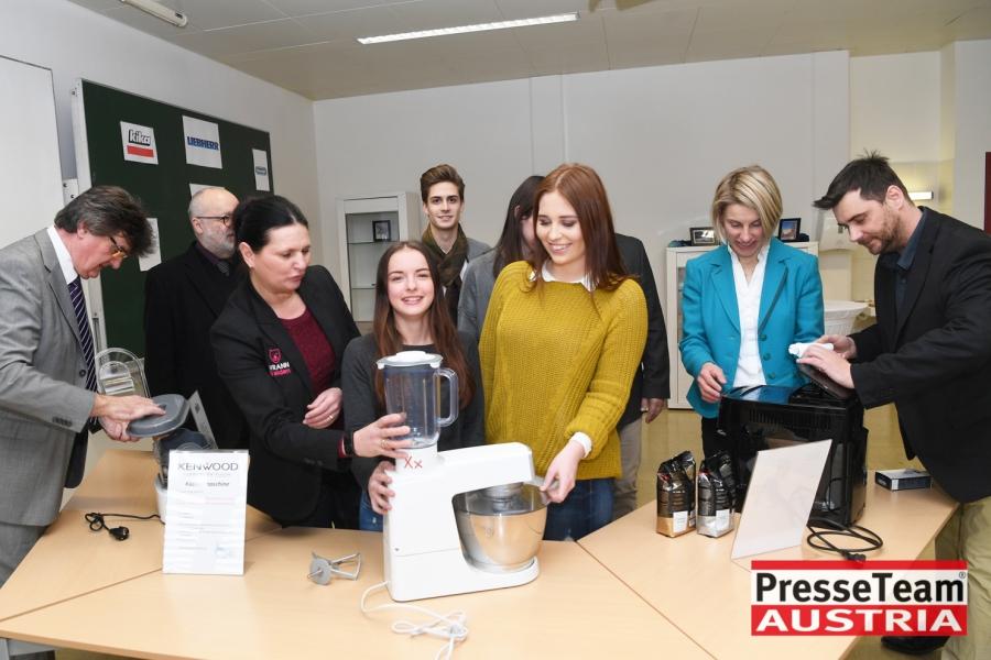 WKBS08 WKO Kärnten - Elektrogeräte in Berufsschulen: Ausbildung wird weiter verbessert