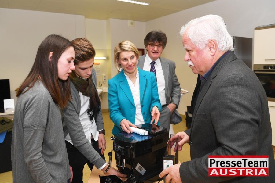 WKBS17 WKO Kärnten - Elektrogeräte in Berufsschulen: Ausbildung wird weiter verbessert