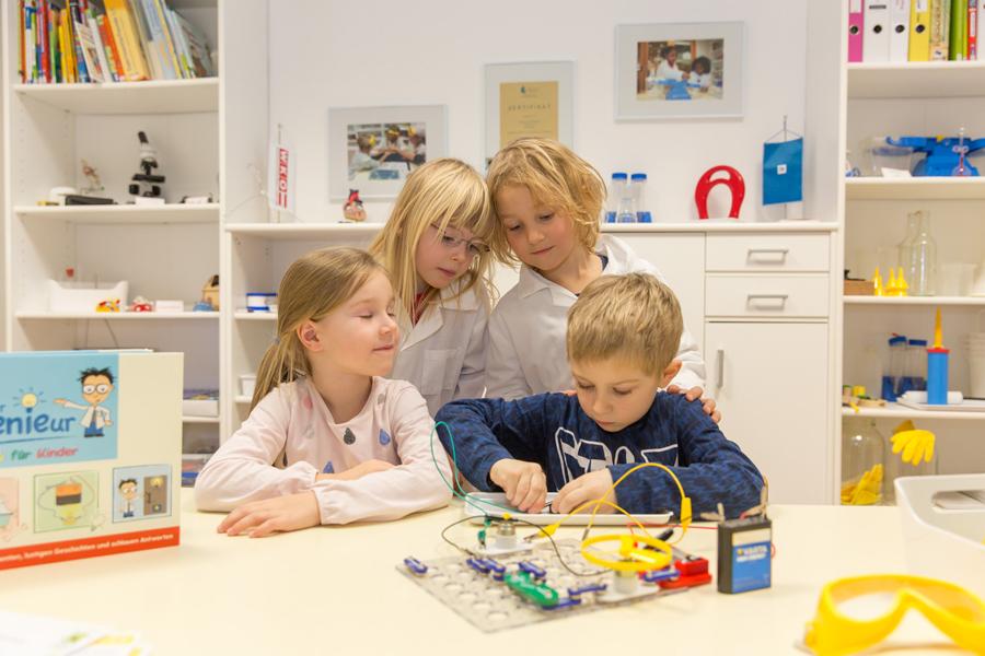 Forscher Kindergarten Sonnenschein - Experimente im Forscherkindergarten Sonnenschein Klagenfurt