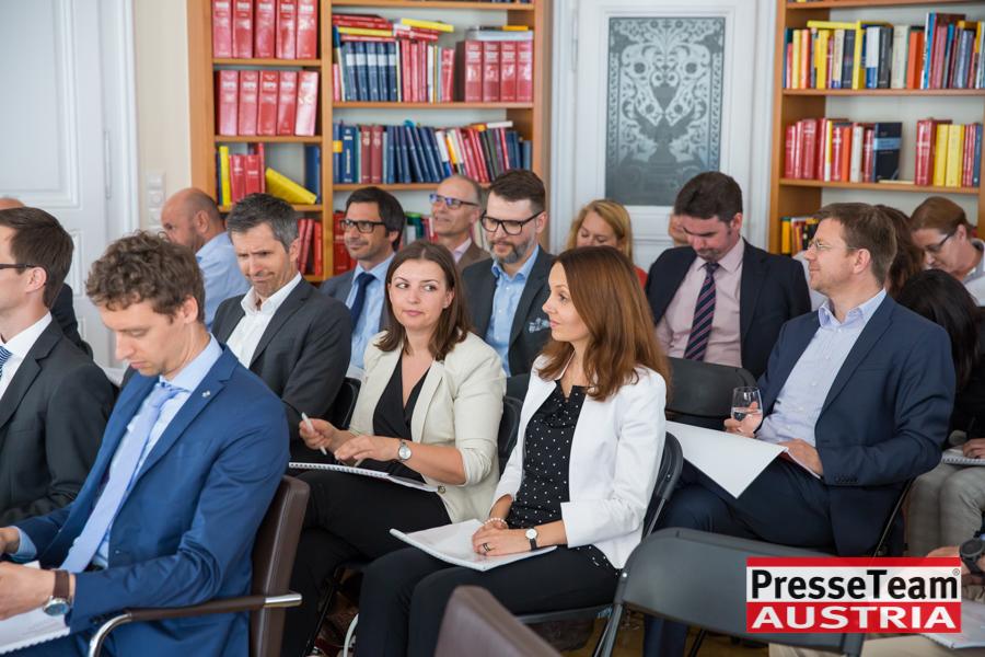 """02 Rechtsanwälte Bankrecht  52 - Seminar zum Thema """"Bankrecht Update"""" 2017"""