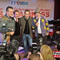 FPÖ Kärnten DSC 7722 250x250 - FPÖ Wahlkampfauftakt in Klagenfurt