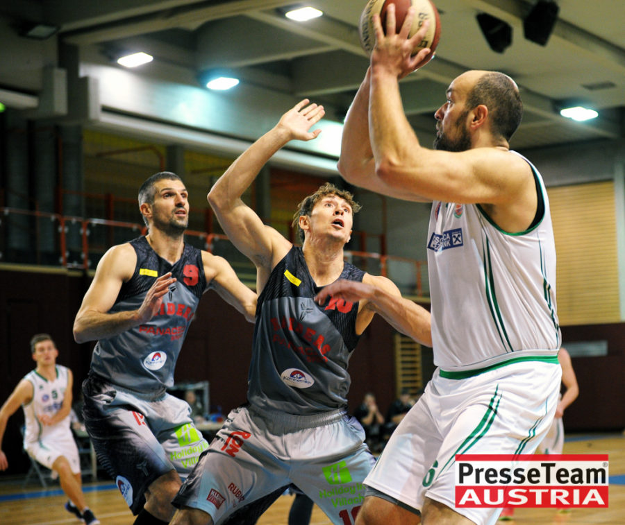 Basketball 2 Bundesliga KOS Villach DSC 1490 - Basketball Kärnten-Derby KOŠ Posojilnica Bank Celovec - Panaceo Raiders Villach
