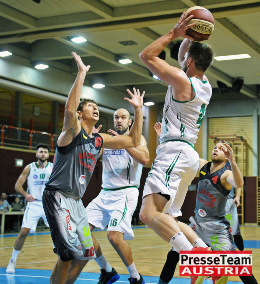 Basketball 2 Bundesliga KOS Villach DSC 1524 - Basketball Kärnten-Derby KOŠ Posojilnica Bank Celovec - Panaceo Raiders Villach