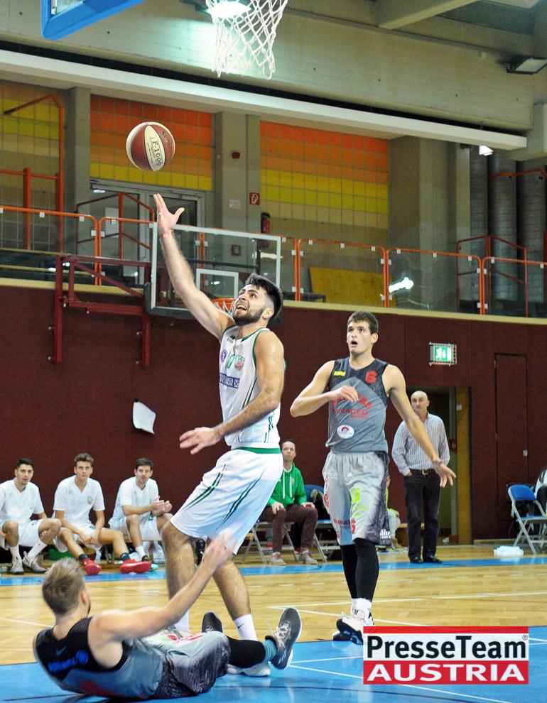 Basketball 2 Bundesliga KOS Villach DSC 1532 - Basketball Kärnten-Derby KOŠ Posojilnica Bank Celovec - Panaceo Raiders Villach
