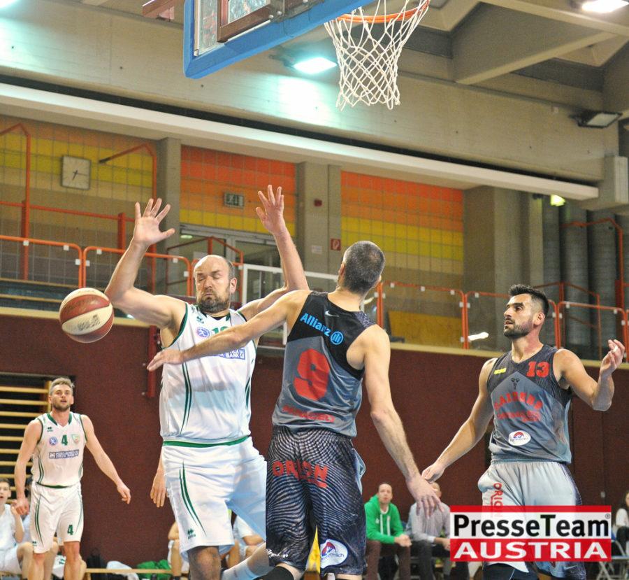 Basketball 2 Bundesliga KOS Villach DSC 1550 - Basketball Kärnten-Derby KOŠ Posojilnica Bank Celovec - Panaceo Raiders Villach