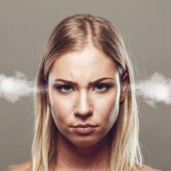angry 2191104 1920 250x250 - Lärmbelästigung: Was kann man gegen Lärm von Nachbarn tun?