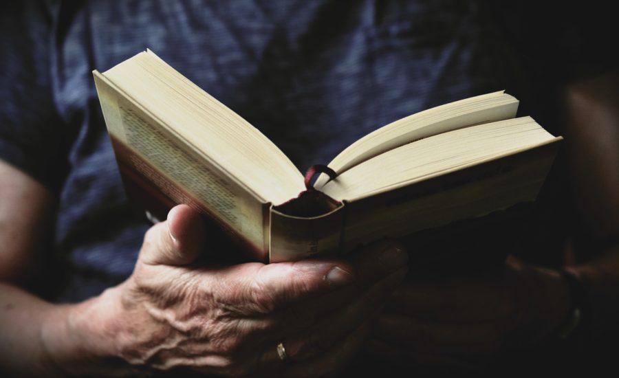 book 3531412 1920 - 5 Dinge, die intelligente Menschen anders machen