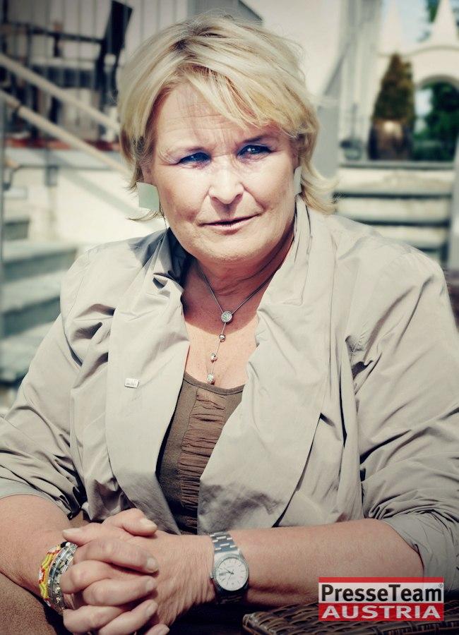 Claudia Haider Hausfrau