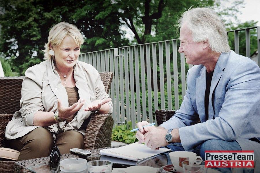 Arno Wiedergut mit Claudia Haider im Gespräch.