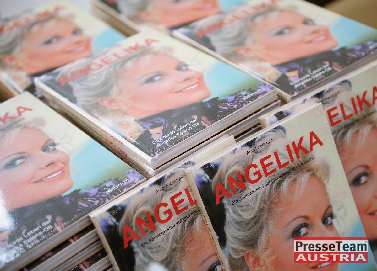 DSC 3482 Angelika Spiehs - Angelika Spiehs Biografie Präsentation im Schloss Loretto
