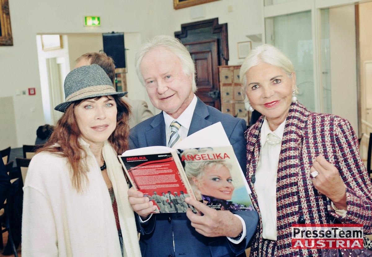 DSC 3650 Angelika Spiehs - Angelika Spiehs Biografie Präsentation im Schloss Loretto
