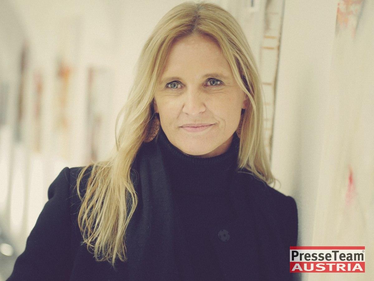 DSC 5421 Daniela Leopold Presseteam Austria Presseverteiler - Karitative Duftpräsentation mit Vernissage in Klagenfurt