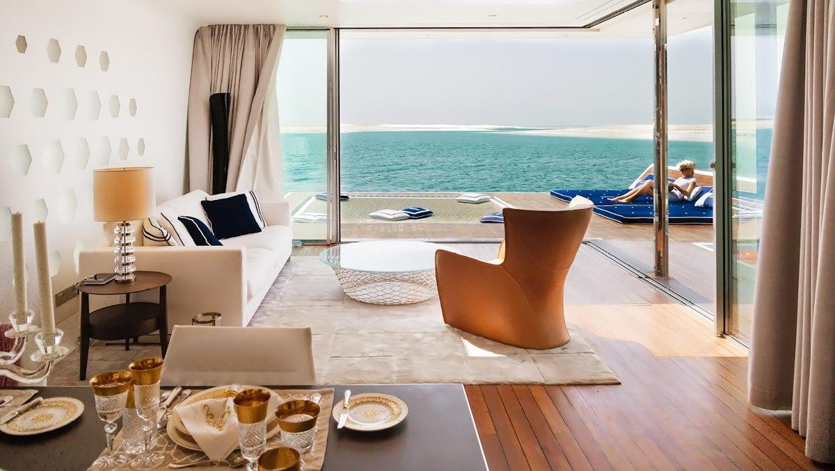 Dubai Seahorse FS3jpg - Luxus Urlaub in Dubai - Signature Edition