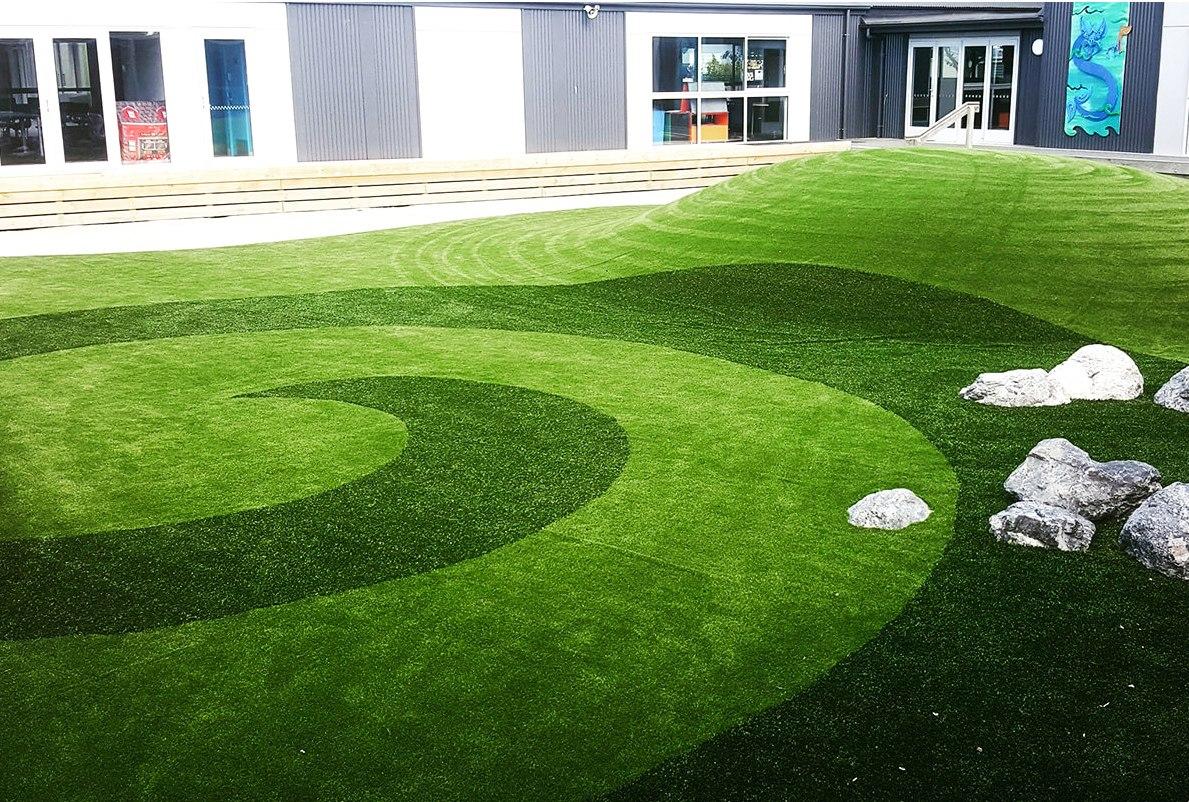 Rasenteppich auf Fliesen kleben - Kunstrasen Wie echt | Hohe Qualität, frische Farben