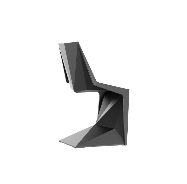 Designersessel in Schwarz für die Terrasse Vondom - Outdoor Design Stuhl Voxeles von Graf News