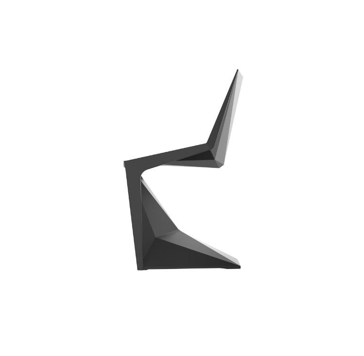 Vondom Voxel schwarzer Designer Stuhl Graf News - Outdoor Design Stuhl Voxeles von Graf News