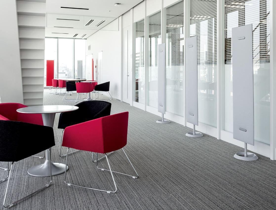 Büroeinrichtung stehender Schallschutz