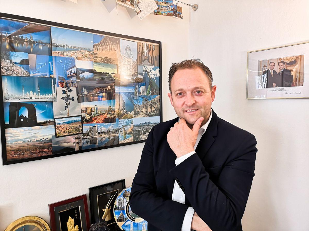 """EU Wahl ÖVP Kandidaten - EU-Wahl Kandidat Meinrad Höfferer im Interview: """"Wir müssen als ein geeintes Europa auftreten."""""""