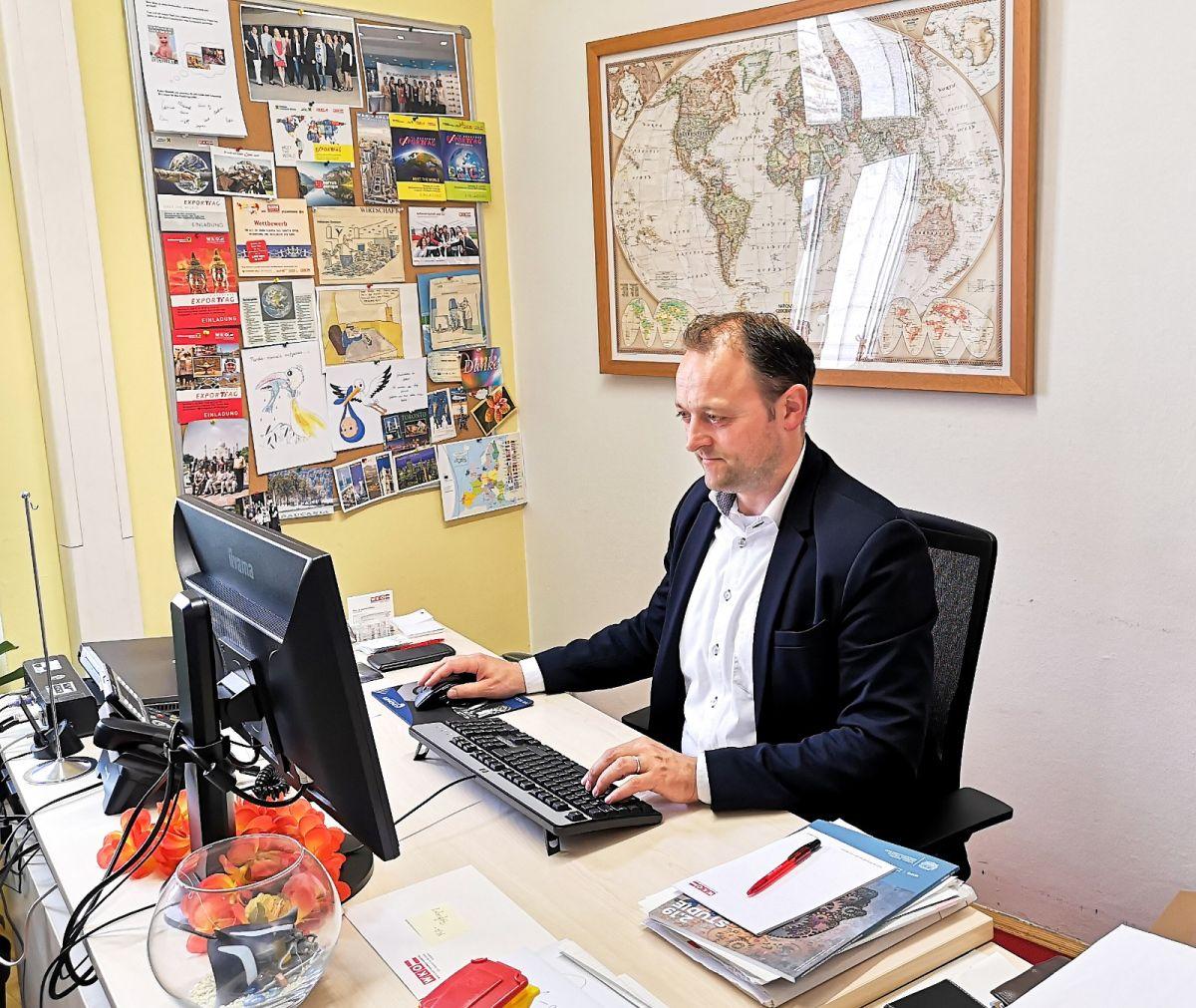 """EU Wahl 2019 ÖVP - EU-Wahl Kandidat Meinrad Höfferer im Interview: """"Wir müssen als ein geeintes Europa auftreten."""""""