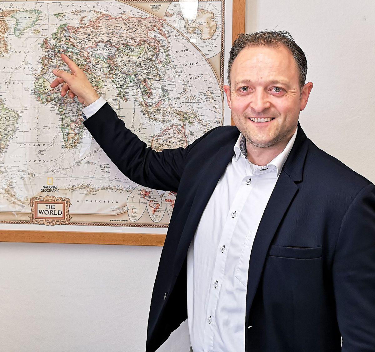 """Meinrad Höfferer EU Wahl Kandidat - EU-Wahl Kandidat Meinrad Höfferer im Interview: """"Wir müssen als ein geeintes Europa auftreten."""""""