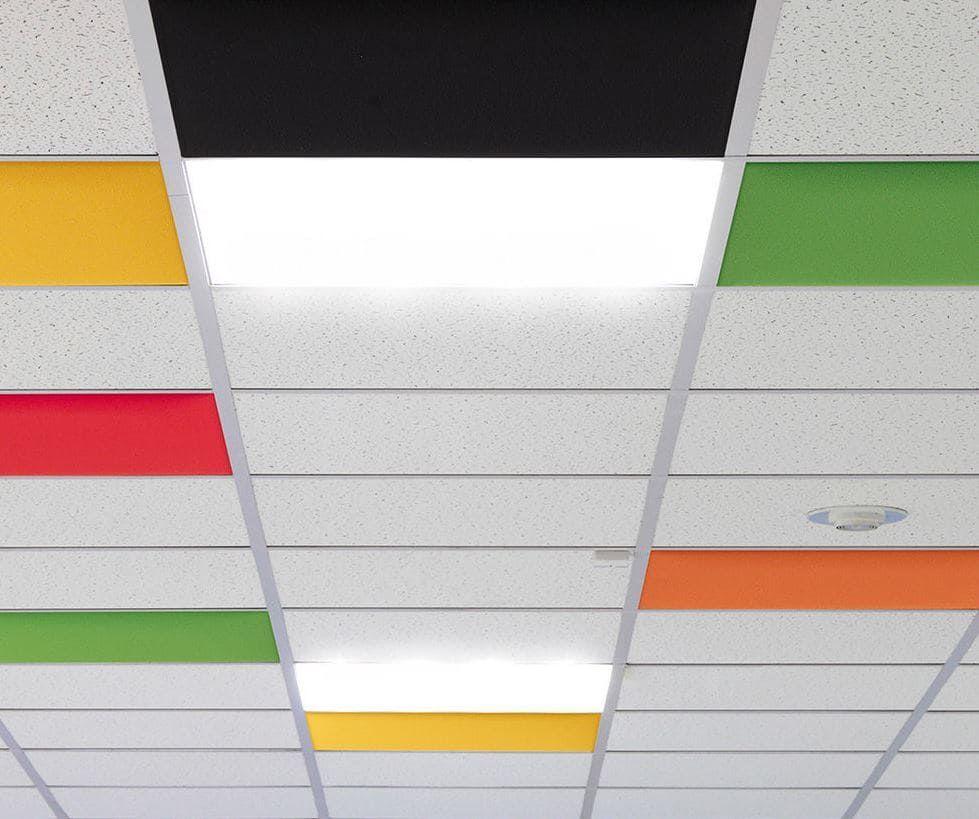 Deckenpaneele Schallschutz in verschiedenen Farben