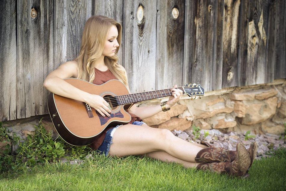 Linkshaender Gitarre - Die Besonderheiten einer Linkshänder Gitarre