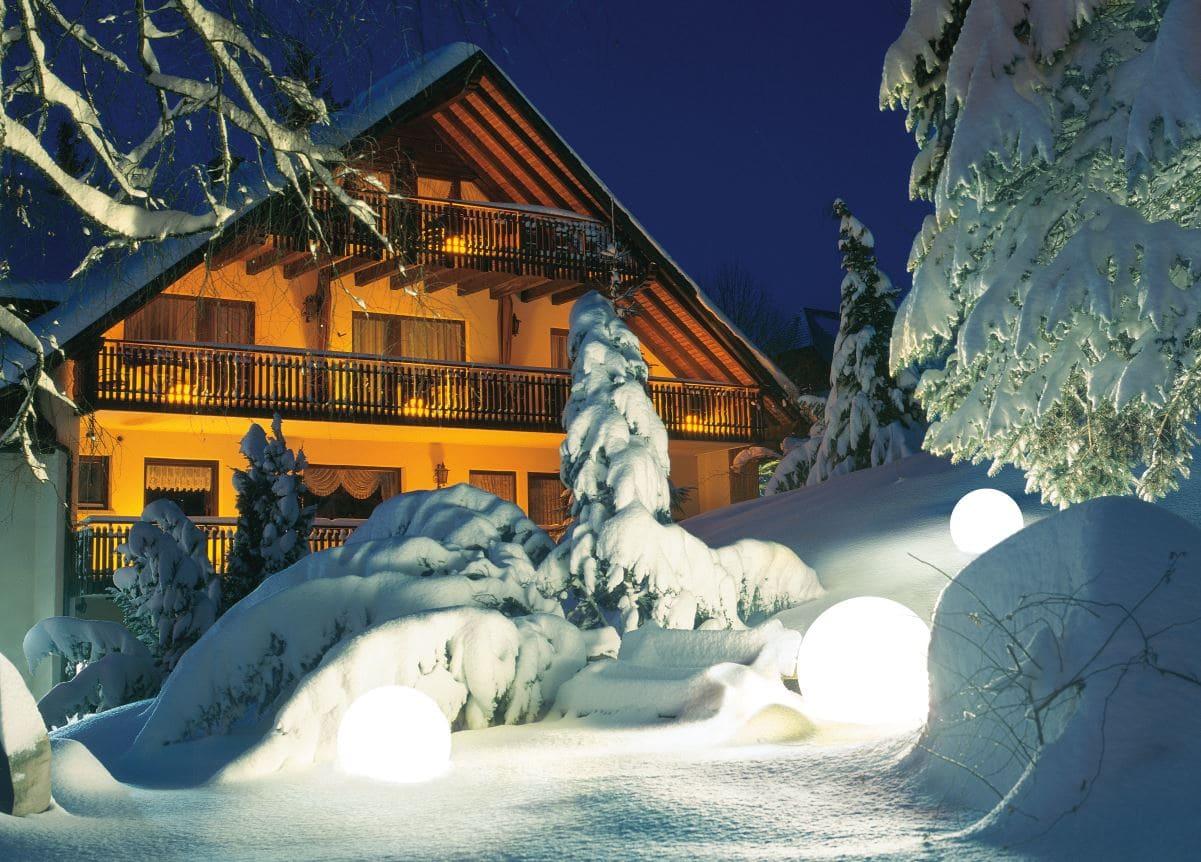 Leuchtkugel Weiss fuer den schnee Outdoor - Kugelleuchten & Kugellampen für den Garten Gartenkugeln Leuchtkugeln mit LED