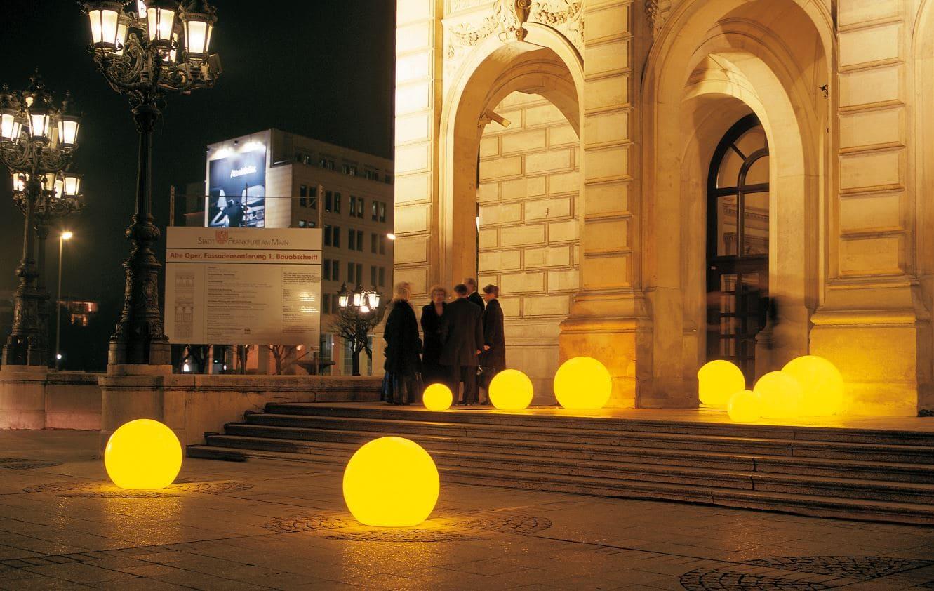 bodenkugel beleuchtet outdoor - Kugelleuchten & Kugellampen für den Garten Gartenkugeln Leuchtkugeln mit LED