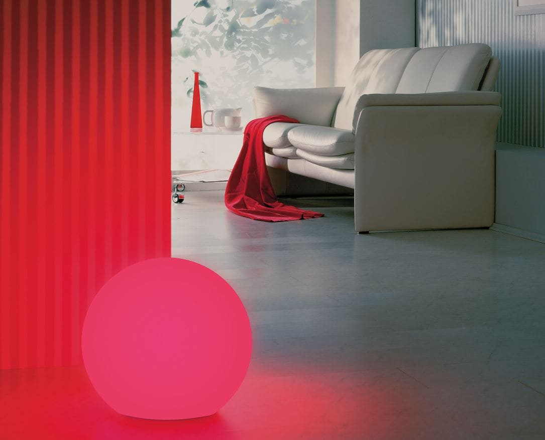 rote kugel beleuchtet wohnzimmer beleuchtung - Kugelleuchten & Kugellampen für den Garten Gartenkugeln Leuchtkugeln mit LED