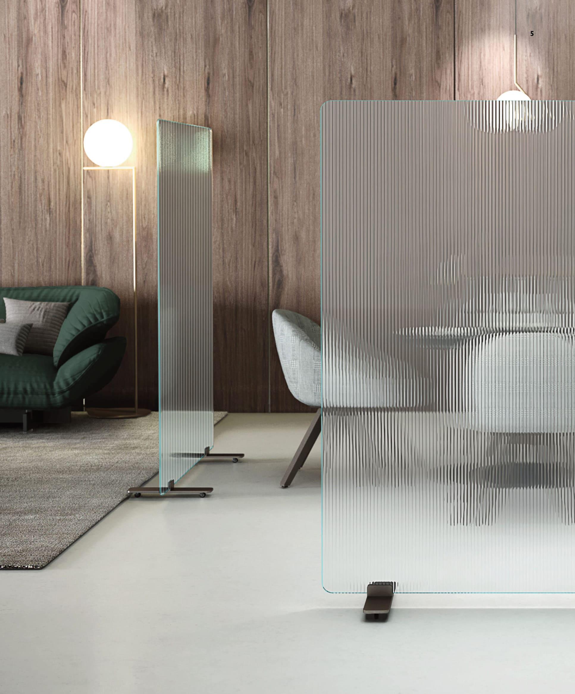 Mobile Glaswand für Besprechungszimmer aus Glas Raumtrenner